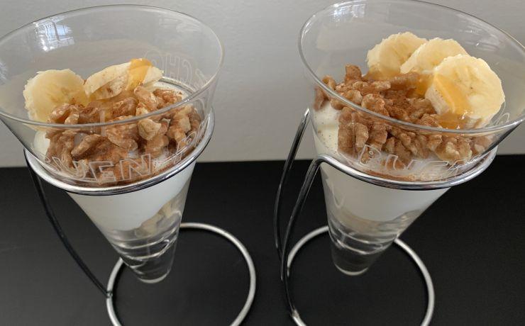 Bananenkwark met walnoten