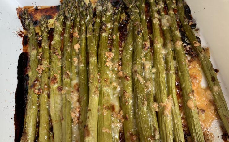 Groene asperges met balsamicoazijn