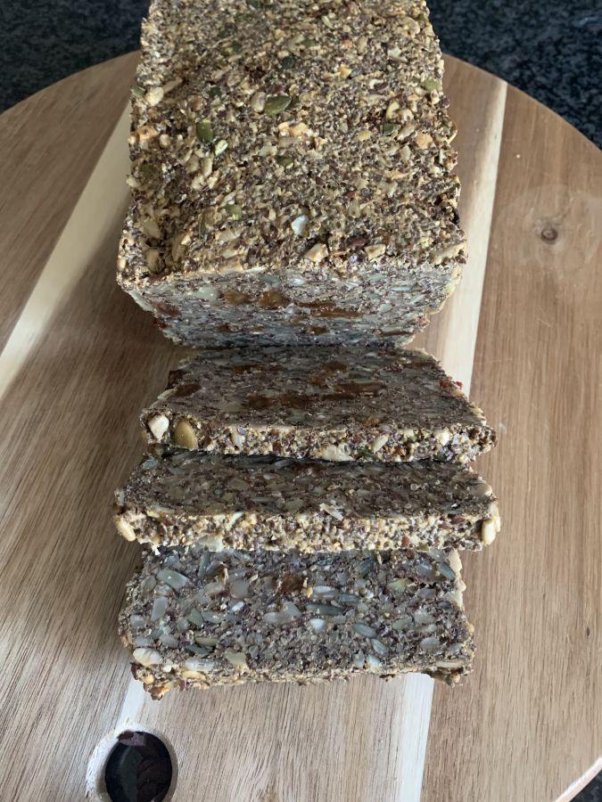 Glutenvrij brood van noten en zaden 1